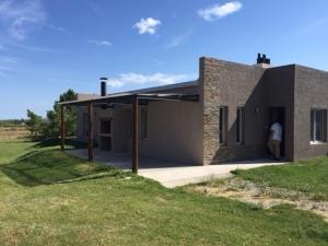 Casa en Venta - Alquiler en Arrayanes