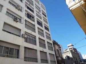 Casas y Apartamentos en Venta en Centro, Montevideo