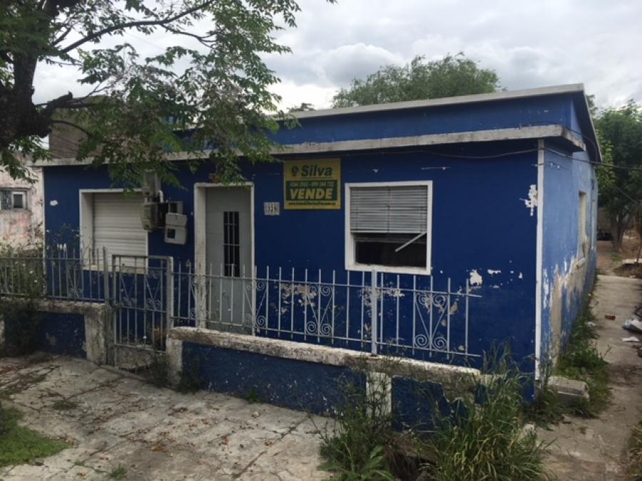Oportunidad!!! Casa para reciclar en Trinidad.