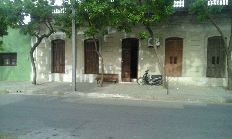CASA DE ESTILO, 3 dormitorios, en zona Centrica