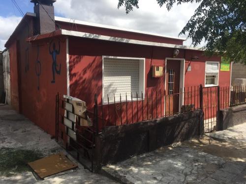 Casas y Apartamentos en Venta en Barrio Artigas, Trinidad, Flores
