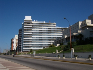 Apartamentos en Venta - Alquiler en Malvín, Montevideo, Montevideo