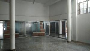 Locales comerciales en Alquiler en Mercedes, Soriano