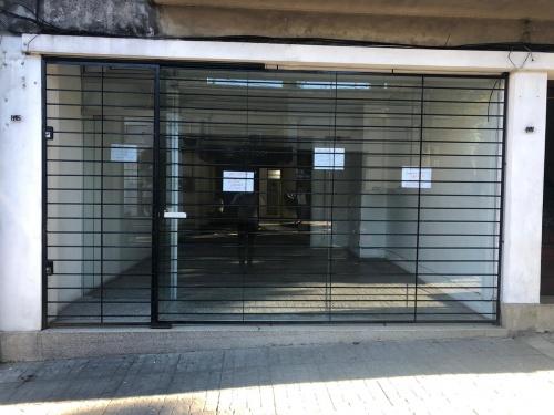 Locales Comerciales en Alquiler en CENTRO, Salto