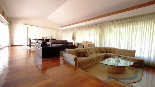 Casa en Venta - Alquiler en Punta Gorda, Montevideo