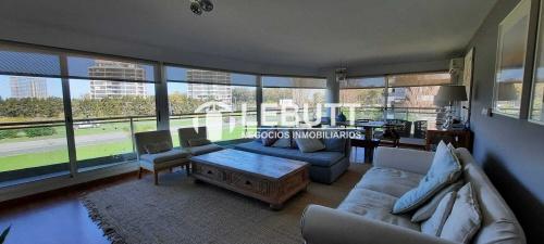 Apartamentos en Venta en Barra de Carrasco, Ciudad de la Costa, Canelones