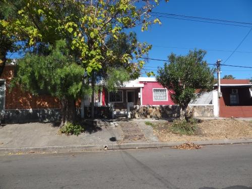 Casas en Venta - Alquiler en Artigas, Mercedes, Soriano