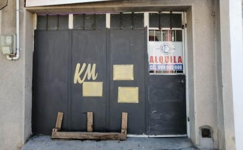 Locales Comerciales y Oficinas en en Inmediaciones Centro, Mercedes, Soriano
