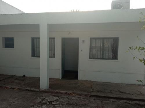 Casas en Venta en BARRIO PARQUE LAVALLEJA, Trinidad, Flores