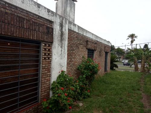 Casas en Venta,  Alquiler en Bolívar, Montevideo