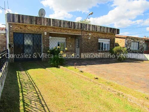 Casa en Venta en Piedras Blancas, Montevideo