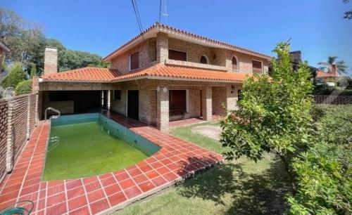 Casa en Alquiler en Carrasco, Montevideo