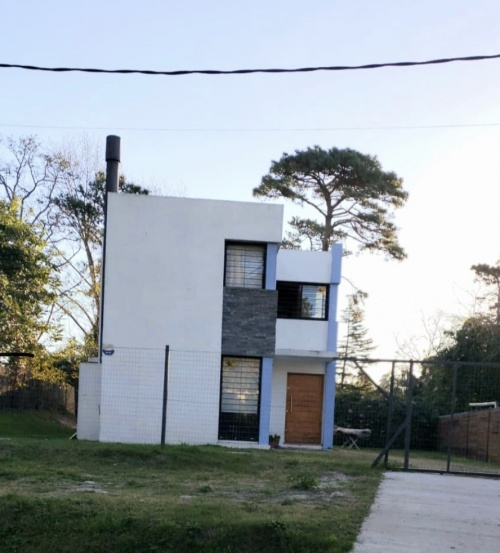 Casa en Venta - Alquiler en El Pinar, Ciudad de la Costa, Canelones