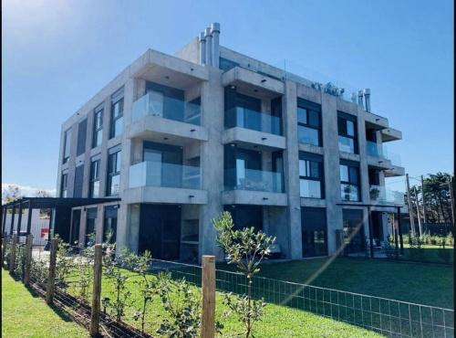 Apartamento en Alquiler en Barra de Carrasco, Ciudad de la Costa, Canelones