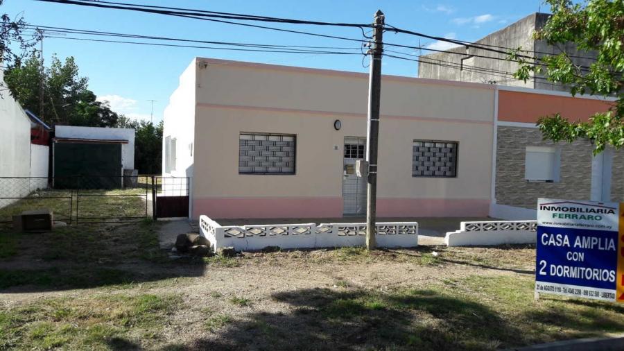 CASA DE 3 DORMITORIOS, GARAGE, TERRENO AMPLIO Y BUENA UBICACIÓN