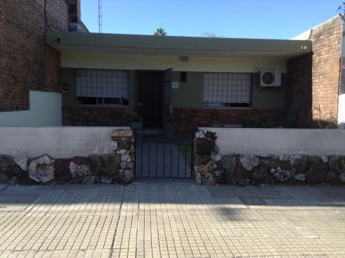 Casas y Apartamentos en Venta en Zona Este, Salto