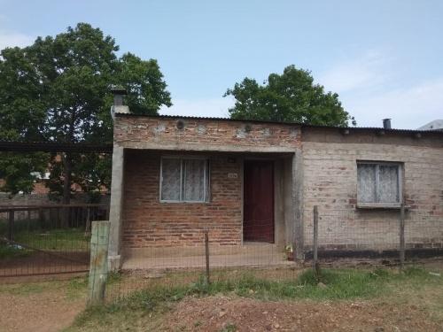Casas y Apartamentos en Venta en VICTOR LIMA, Salto
