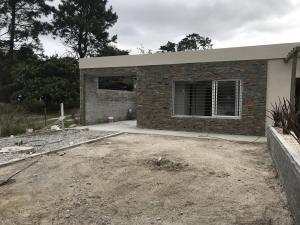 Casa en Alquiler en El Pinar, Ciudad de la Costa, Canelones