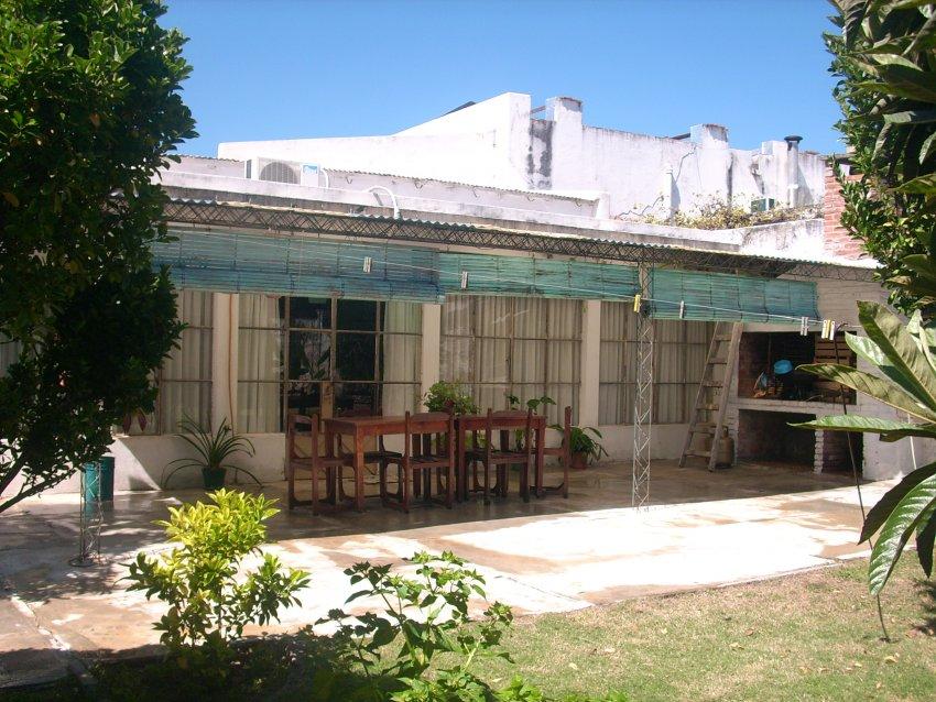 Alquiler de casas en mercedes soriano for Alquiler de propiedades