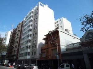 Apartamento en Venta - Alquiler en TRES CRUCES, Montevideo