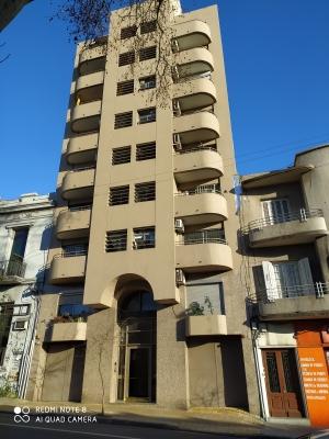 Apartamento en Alquiler en Centro, Montevideo